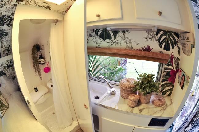 vintage caravan vanity